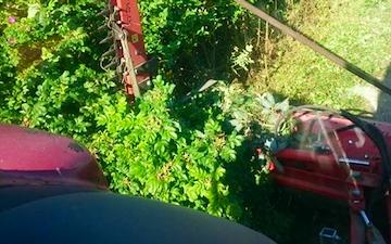 Holmsland maskinstation med Grøftklipper/Kantklipper ved Ringkøbing