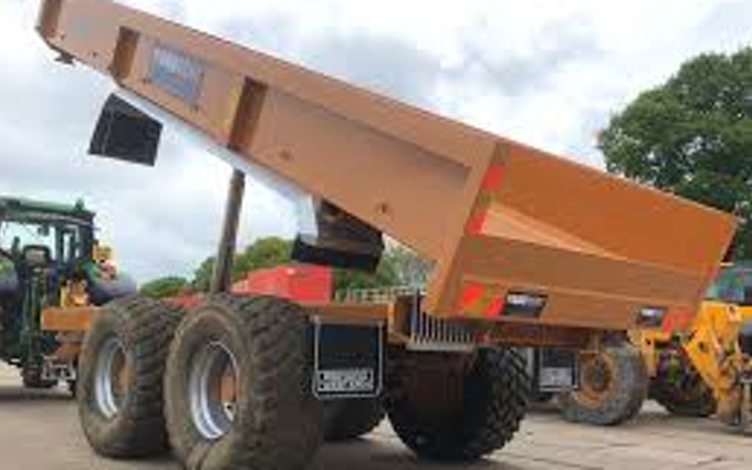 Lamyman grange contractors with Tipping trailer at Digby