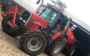 Gallagher contracts  with Slurry spreader/injector at Ballygawley