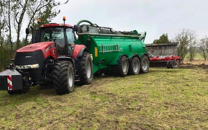 Vinkel landbrugs- og entreprenørforretning med Sortjordsnedfælder ved Viborg