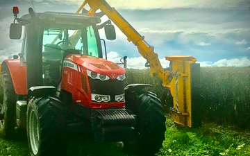 All trimmed up with Hedge cutter/mulcher at Matarawa Road