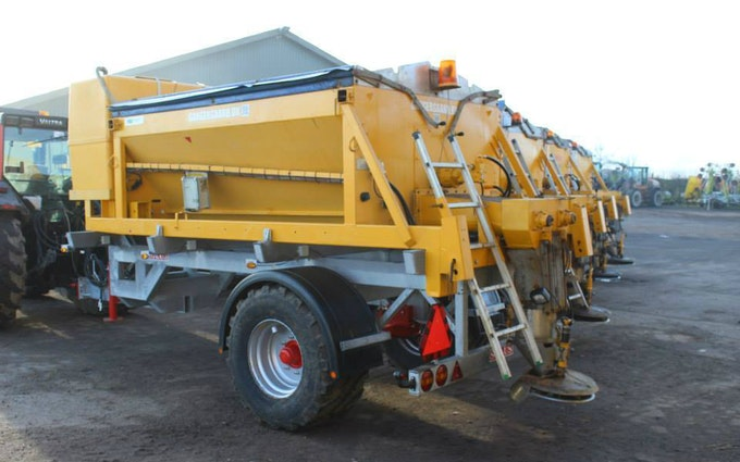 Gangergaarden´s maskinstation a/s med Sand/saltspredning ved Høng