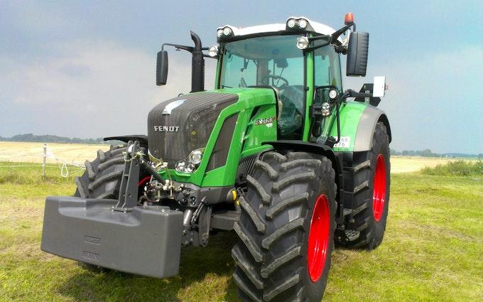 Skodsebøllegaard med Traktor 201-300 hk ved Søllested
