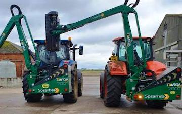 Fenfarm partnership with Hedge cutter at Dorrington