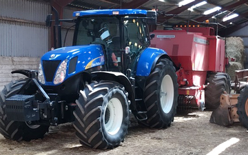 Dinesen freelancing  med Traktor 201-300 hk ved Spentrup