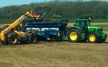 Henshaw brothers  with Lime spreader at East Brabourne