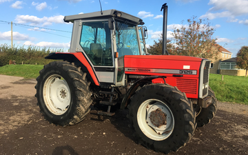 Spurline engineering ltd with Tractor 100-200 hp at Wylye