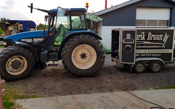 Haaland landbrug aps  med Traktor 101-200 hk ved Hirtshals