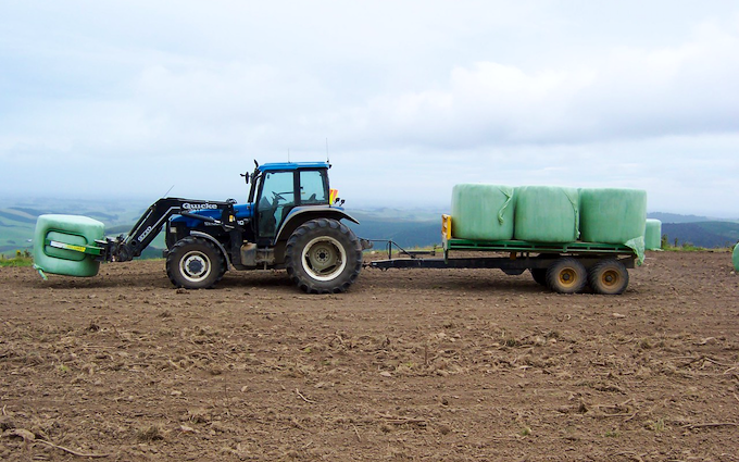Johnstone contracting ltd with Tipping trailer at Tokanui