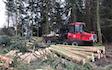 Bækkevang skovservice v/ preben andersen med Udkørsel/Udslæbning ved Aakirkeby