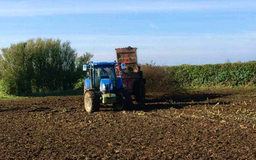 Wardagri with Manure/waste spreader at United Kingdom