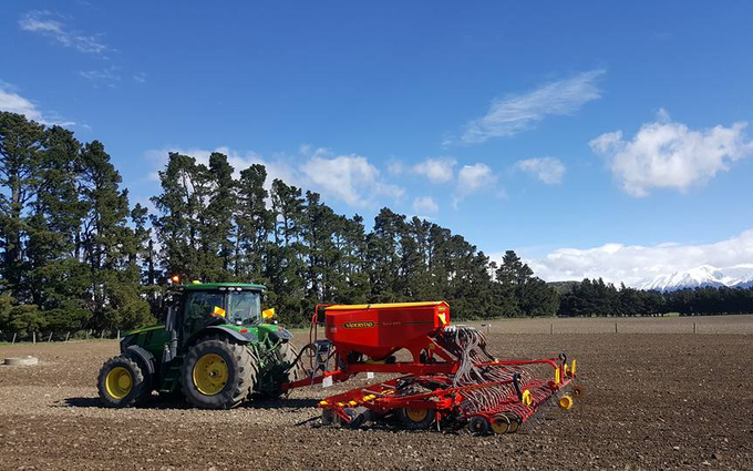 Chapman agriculture ltd  with Drill at Cust