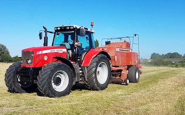 Dan ablewhite  with Large square baler at Radcliffe on Trent