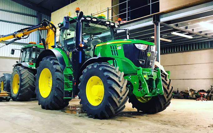 Harrison agri with Tractor 201-300 hp at Saddington