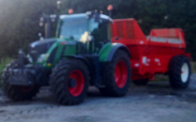North west agricultural contractors  with Manure/waste spreader at Blackburn