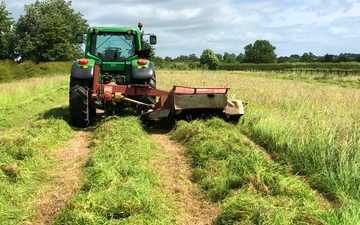 M & mw sandercock  with Mower at South Kilworth