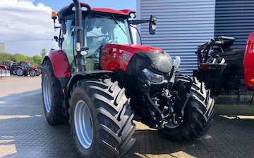 Midtgræs med Traktor 201-300 hk ved Silkeborg