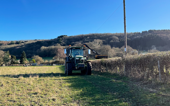 Jon richards contracting  with Hedge cutter at East Hewish