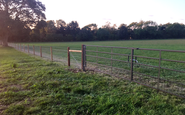 Hrh agricontracts with Fencing at Enstone