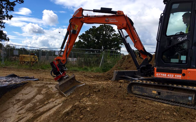 Neil chapman plant hire  with Excavator at Bushs Orchard