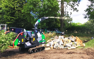 Arbgear ltd with Wood chipper at Cookhill