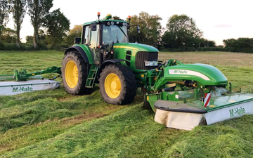 Bennett's contracting with Mower at Doddinghurst Road