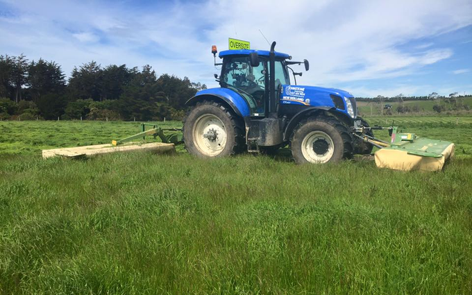 Johnstone contracting ltd with Mower at Tokanui
