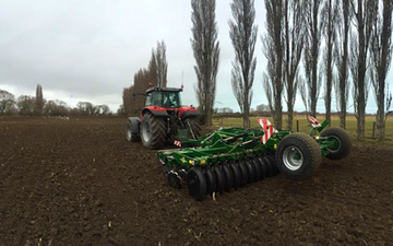 Bleeker ag services with Disc harrow at Otaio