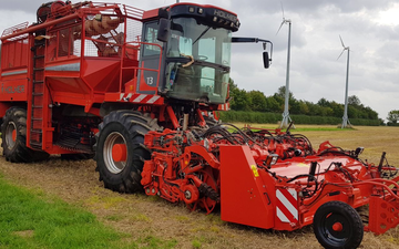A quested with Beet harvester at Tillington Road