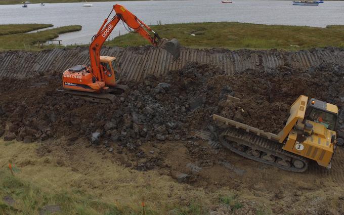 B j goose digger hire ltd  with Excavator at Martham