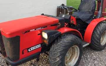 Kaspers stald service med Traktor under 100 hk ved Høng