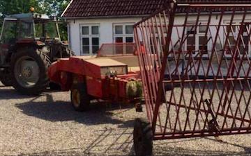 Jøssen agro med Småballepresser ved Nordborg