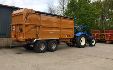 R m agricultural services with Silage/grain trailer at Horton Road