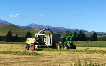 C j phillips contracting with Forage harvester at Thornbury