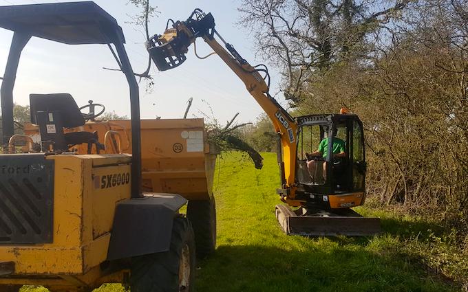 Gunns contractors ltd with Mini digger at Church Crookham