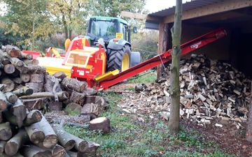 Loggin with Log splitter at Nuneaton