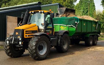 Chris lovett agri  with Silage/grain trailer at Bulwark