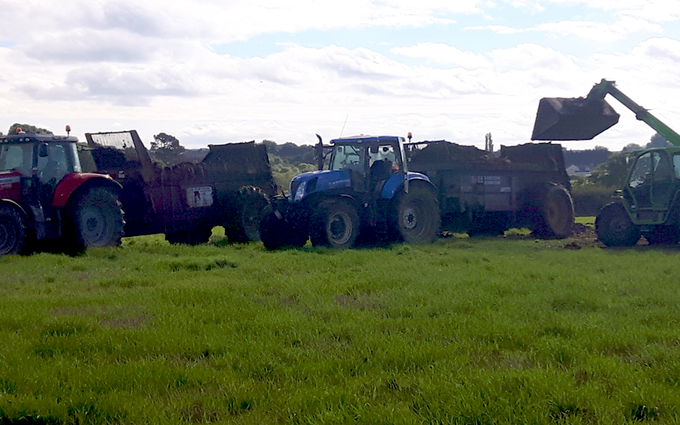 A and c agri with Manure/waste spreader at Coleorton