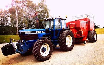 Ph-landbrugsservice med Bigballepresser ved Nimtofte