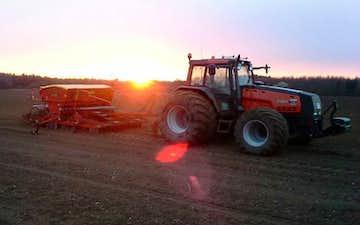 Tornslev landbrug med Såmaskine ved Mørkøv