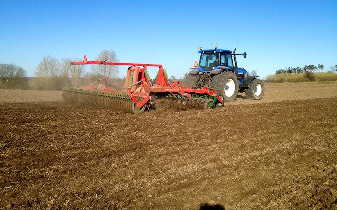 Wittenwiler's agro med Tallerkenharve ved Frederikssund